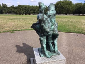 'Nexus'- sculpture by Alan Thornhill. On show at Putney Sculpture Trail, London.