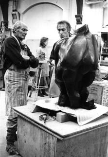 Alan Thornhill teaching sculpture.