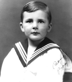 A young Alan Thornhill.